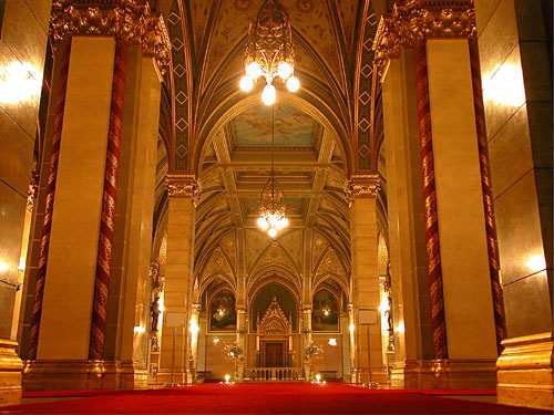 The Parliament (corridor leading from the main entrance stairway to the Dome Hall).