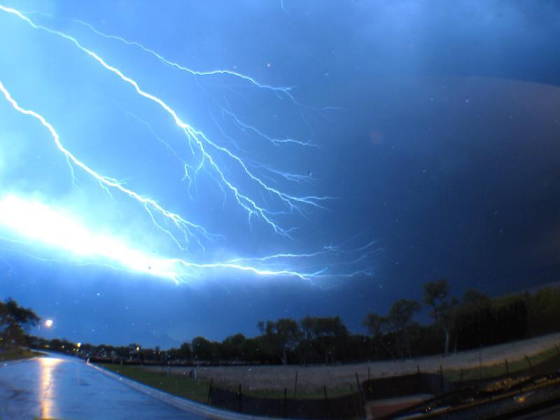 Canon G3 digital photographs of lightning