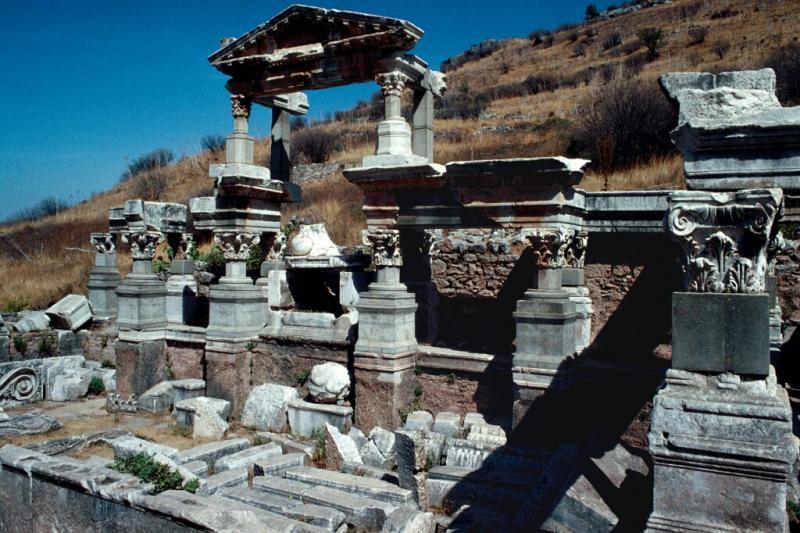 Efes Fountain of Trajan