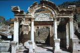 Efes temple Hadrian