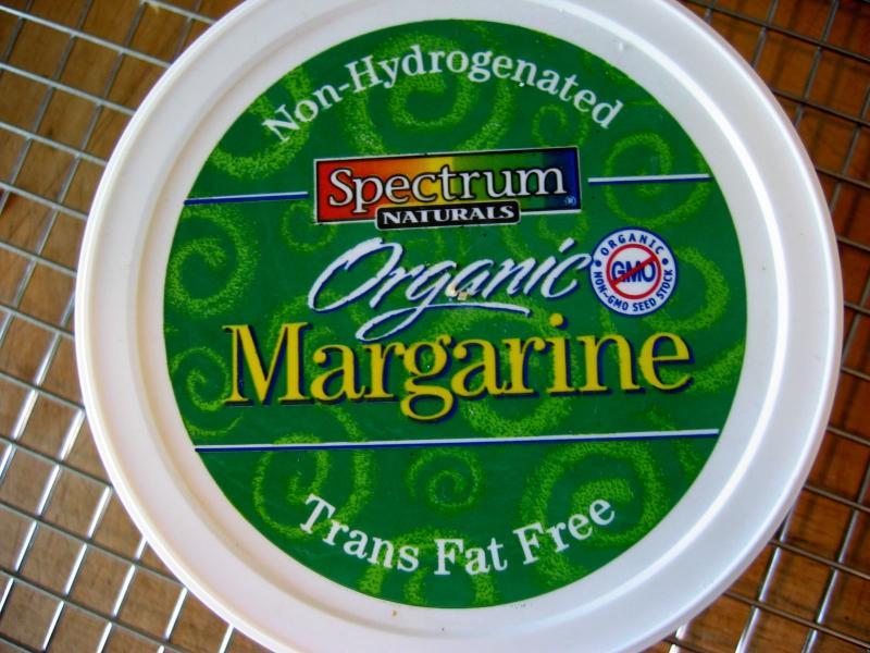 Non-hydrogenated margarine