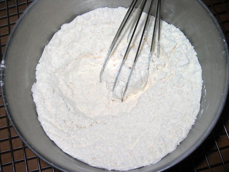 Stir dry ingredients