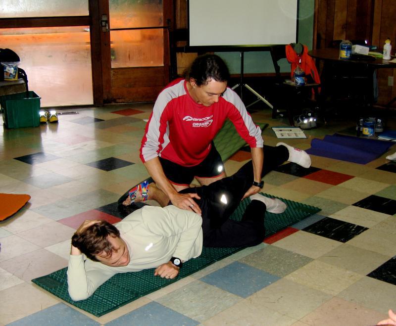 Scott tests Karls strength