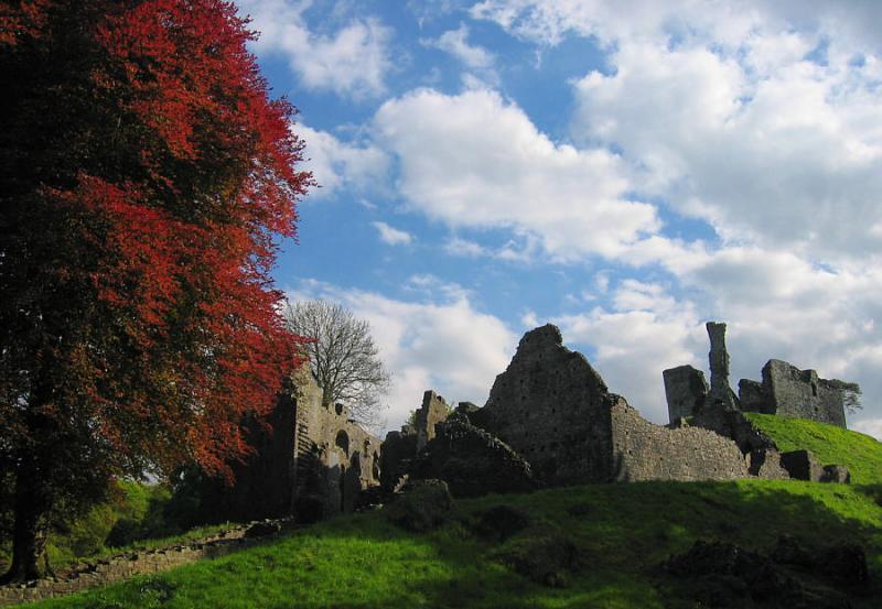 Okehampton Castle 2