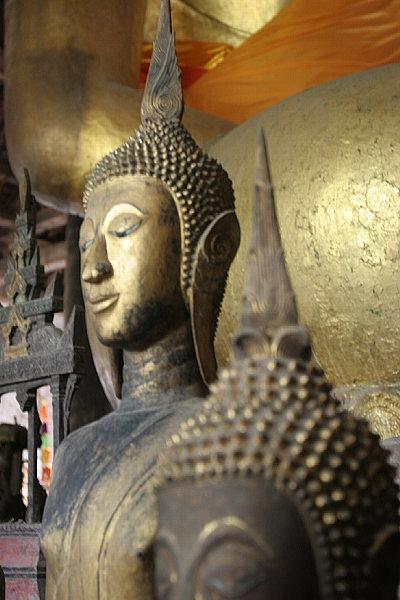 Buddas in Wat Wisunalat