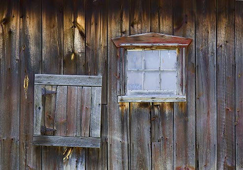 Barn Windows 20050510