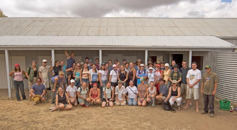 _DSC9138 people group photo moorinya trip 2 2005 small