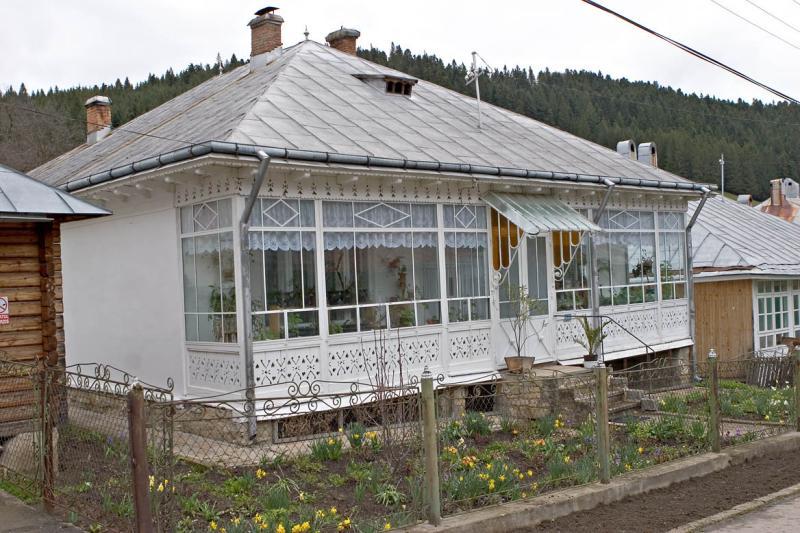 Nun Housing