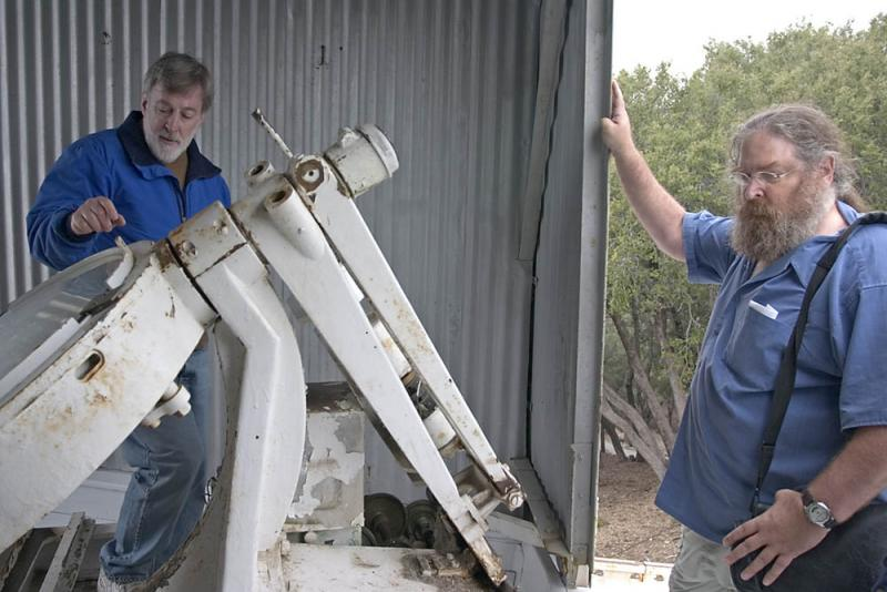 Mike and Michael Schwartz at Snow Telescope