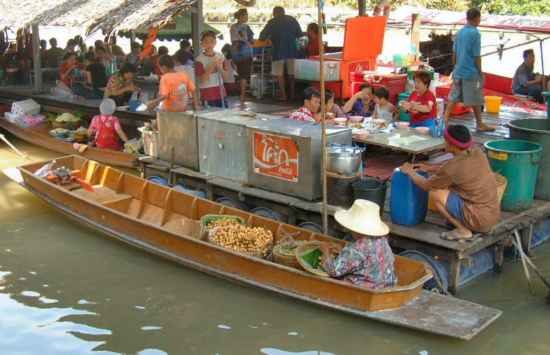 At Work in the floating Markets
