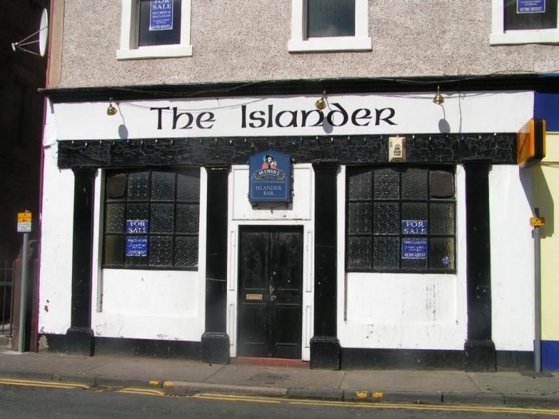 Islander Bar