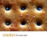 Cracker 2 by sergio rojkes