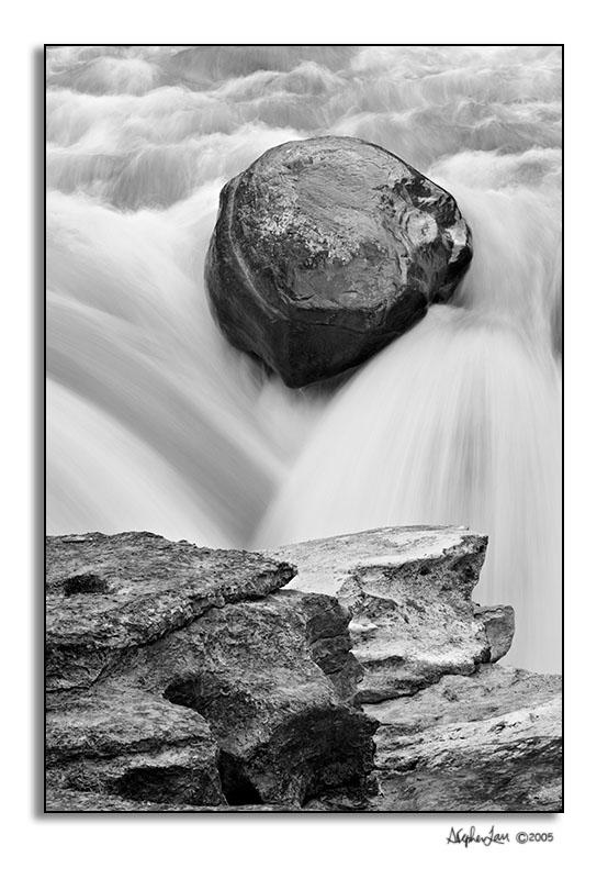 Sunwapta Falls, Jasper   587S9179 B W.jpg