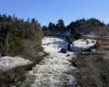 rivière gonflée par la fonte des neiges