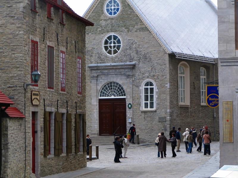 Église Notre-Dame-des-Victoires et la Place royale