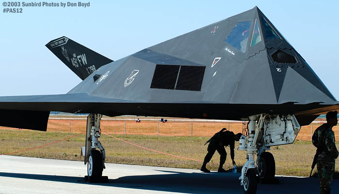 USAF F-117A Nighthawk AF81-798 from 49th Fighter Wing, Holloman AFB military aviation air show stock photo #4098