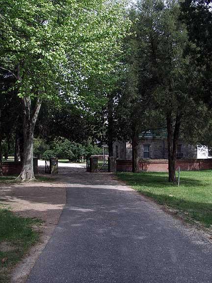 Poplar-Grove-Cem-01.jpg
