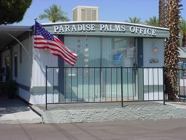 American flag <br> Paradise Palms Resort