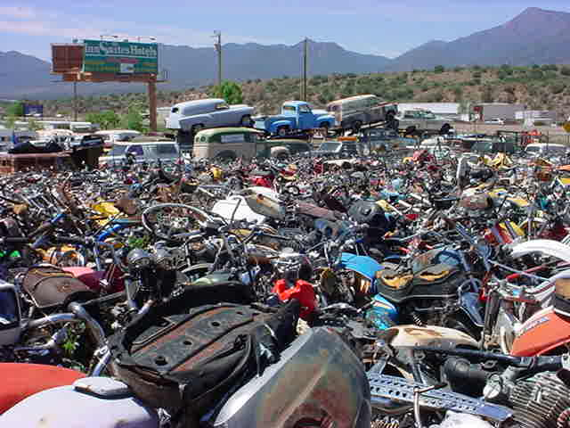 left all bikes in Rye Arizona looking west