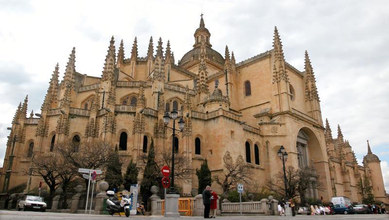 Segóvias Cathedral (Segóvia, Spain)