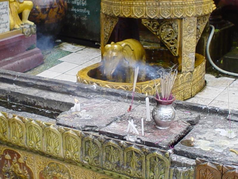astrological figure at Shwedagon