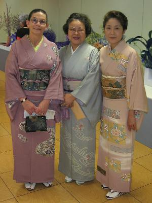Threesome at Ikebana International show