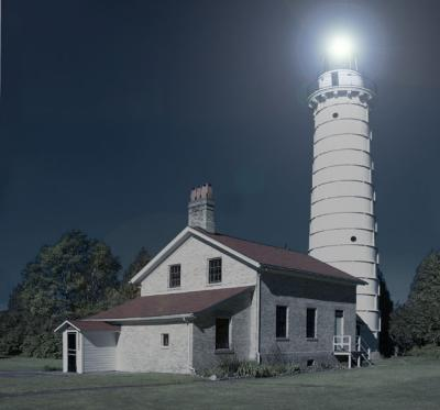 lighthouse bwcolor nightforemail.jpg