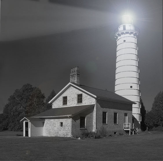 lighthouse bwnight4email.jpg