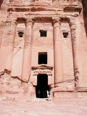 0111 Urn Tomb.jpg