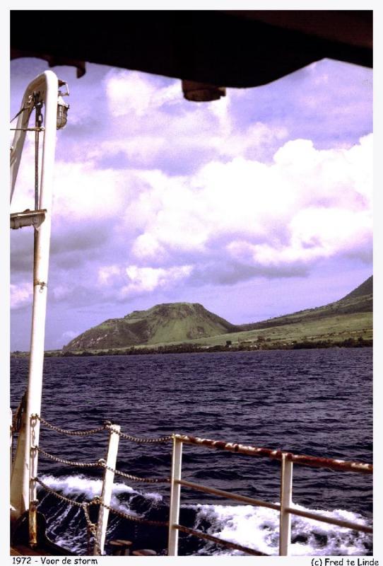 198-St Kitts (Eng).jpg