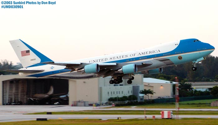 USAF VC-25A 92-9000 (29000) Air Force One departing with President George W. Bush onboard  stockphoto #7105