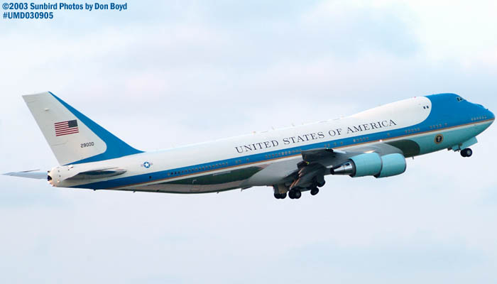 USAF VC-25A 92-9000 (29000) Air Force One departing with President George W. Bush onboard stock photo #7109