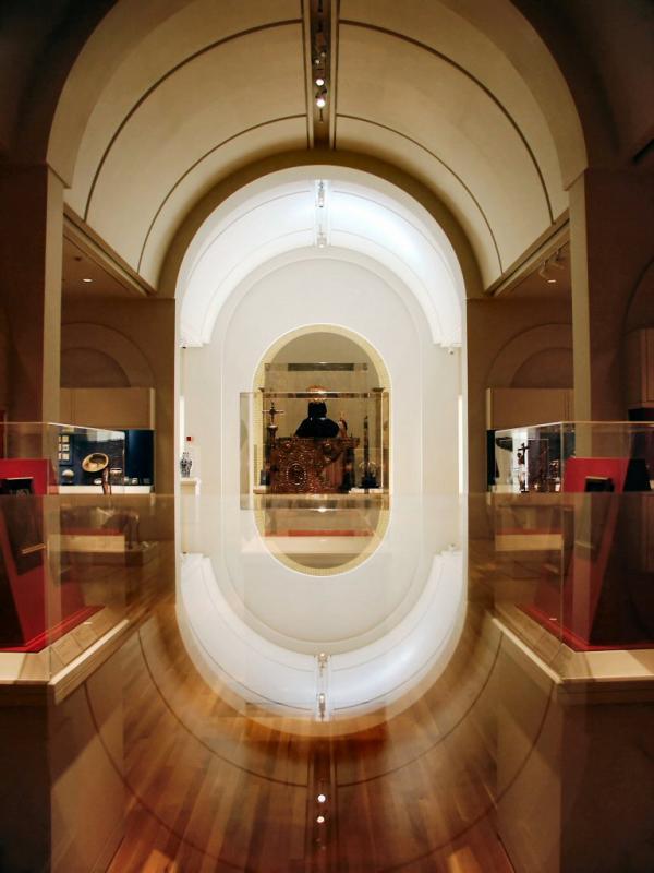 Gallery Reflections<br>San Antonio Museum of Art