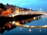 Liffey (Ha'Penny) Bridge - (Dublin, Ireland)
