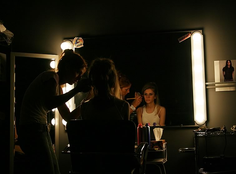 Aug. 27, 2004 - Makeup