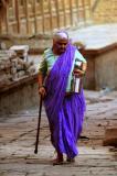 jaisalmer carrying lunch.jpg