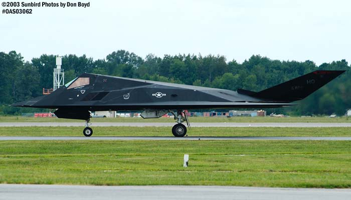 USAF F-117A Nighthawk Stealth Fighter AF84-826 military aviation air show stock photo #6863