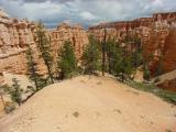 Hiking trail in Bryce Canyon