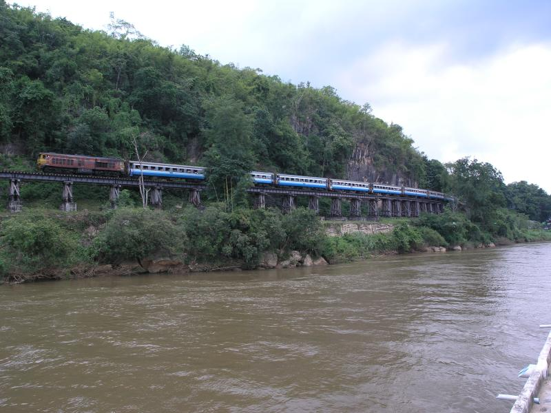 Death Railway & Train - Wampo Viaduct