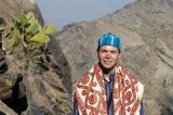 Roy with his Yemeni shawl and hat at Al-Khutayb