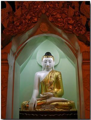 A Buddha near the Shwedagon