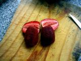 Cortar frutillas al medio