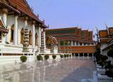 Courtyard of the wihan