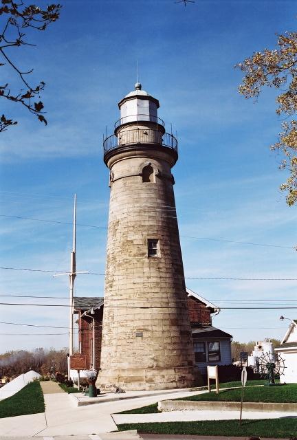 Old Fairport Main