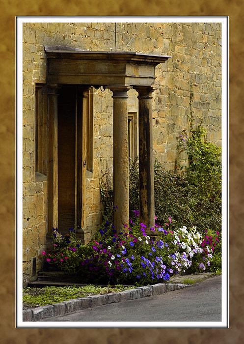 Ham stone entrance (2314)