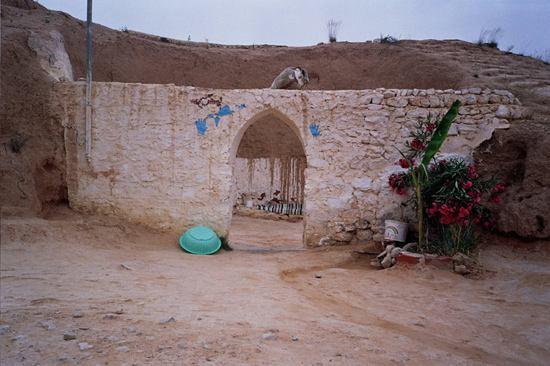 05_trogladyte-cave-entrance.jpg