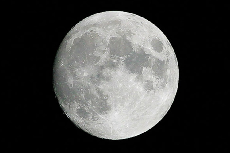 Moon  - Up Close and Personal *