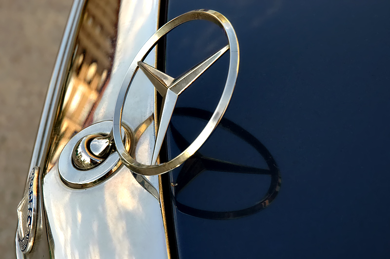 Mercedes Reflection