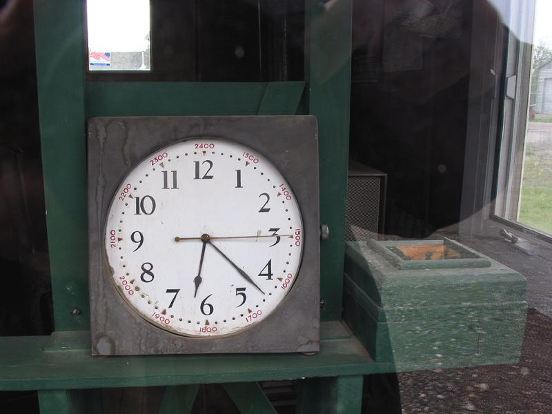 Ice Classic clock