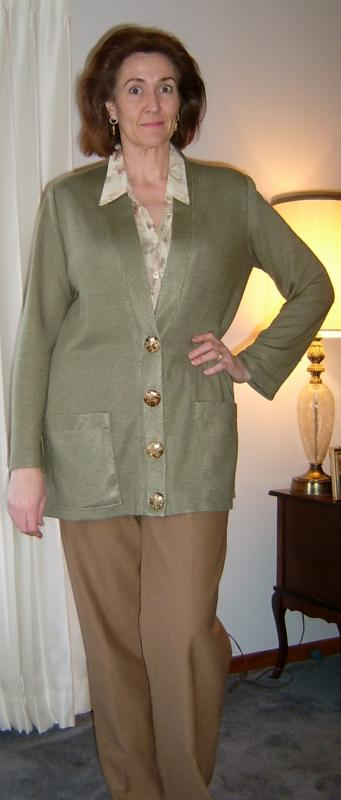Olive Cardigan Buttoned